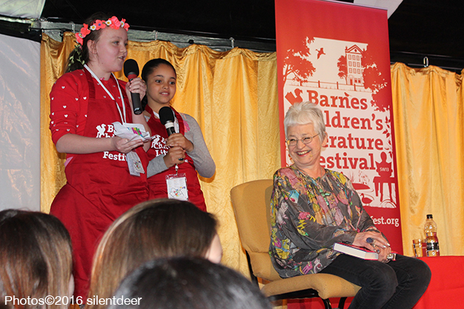 Jacqueline Wilson with volunteers