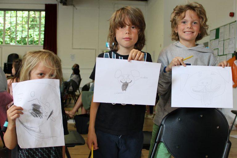 kids drawing at barnes festival