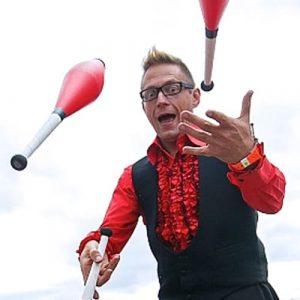 thomas trilby juggling photo