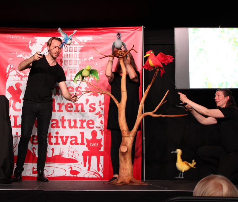 julia donaldson and friends with bird puppets